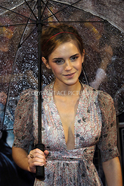 """WWW.ACEPIXS.COM . . . . .  ..... . . . . US SALES ONLY . . . . .....July 7 2009, London....Actress Emma Watson at the World Premiere of """"Harry Potter And The Half-Blood Prince"""" held at the Empire Leicester Square on July 7 2009 in London....Please byline: FAMOUS-ACE PICTURES... . . . .  ....Ace Pictures, Inc:  ..tel: (212) 243 8787 or (646) 769 0430..e-mail: info@acepixs.com..web: http://www.acepixs.com"""