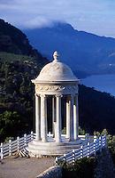 Pavillon im Garten von Son Marroig, ehemaliger  Landsitz von Erzherzog Ludwig Salvator, Mallorca, Spanien