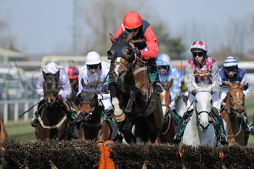 06.04.2013 Aintree, England.  The Grand National Festival. Action from the John Smith's Liverpool Hurdle
