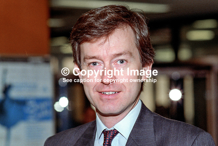 Stephen Dorrell, MP, Conservative Party, UK, 19921064SD..Copyright Image from Victor Patterson, 54 Dorchester Park, Belfast, UK, BT9 6RJ..Tel: +44 28 9066 1296.Mob: +44 7802 353836.Voicemail +44 20 8816 7153.Skype: victorpattersonbelfast.Email: victorpatterson@me.com.Email: victorpatterson@ireland.com (back-up)..IMPORTANT: If you wish to use this image or any other of my images please go to www.victorpatterson.com and click on the Terms & Conditions. Then contact me by email or phone with the reference number(s) of the image(s) concerned.
