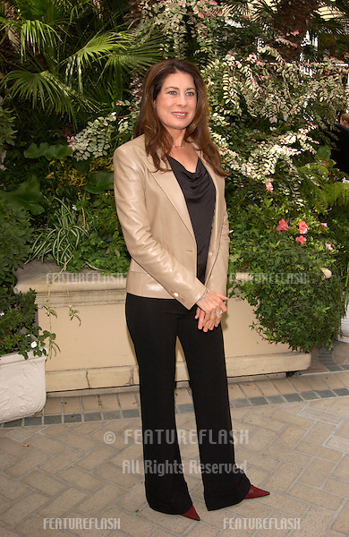 Producer PAULA WAGNER at Premiere Magazine's Women in Hollywood luncheon at the Four Seasons Hotel, Beverly Hills. She was honored with the magazine's Icon Award..22OCT2001.  © Paul Smith/Featureflash