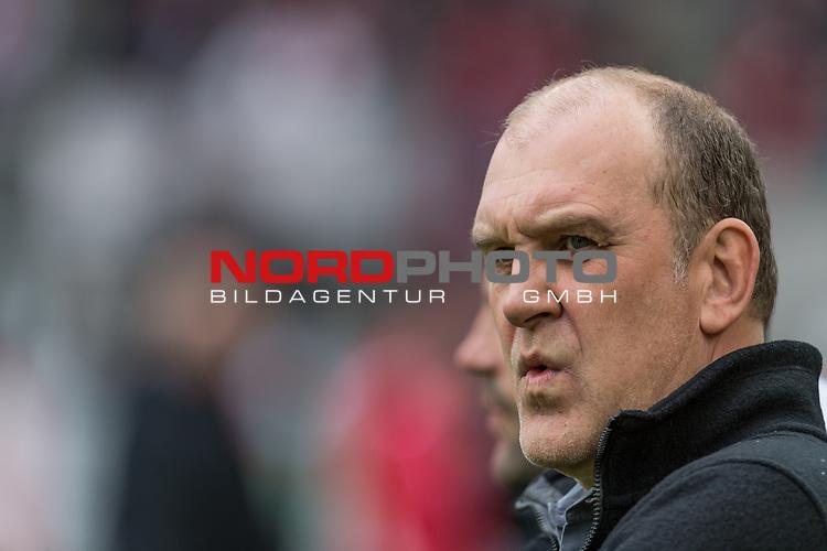 22.10.2017, RheinEnergieSTADION, Koeln, GER, 1.FBL, 1. FC Koeln vs SV Werder Bremen<br /> <br /> im Bild<br /> J&ouml;rg / Joerg Schmadtke (Gesch&auml;ftsf&uuml;hrer / Geschaeftsfuehrer, Sportchef 1. FC Koeln), <br /> <br /> Foto &copy; nordphoto / Ewert