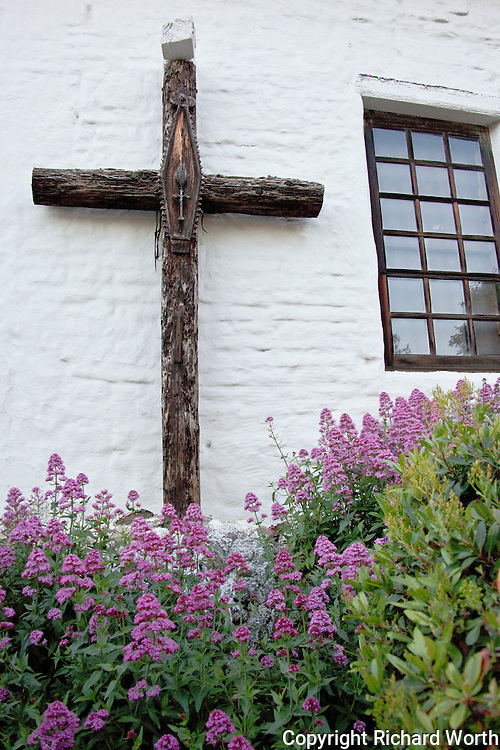 Mission San Jose.  Founded in 1797.  Church destroyed by the 1868 earthquake.  Reconstructed in the early 1980s (1982-1985) to it's 1830s appearance.  For additional information see the mission's web site at http://missionsanjose.org/map.html.
