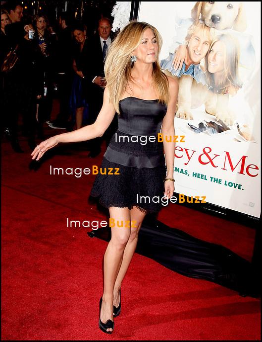 "JENNIFER ANISTON - PREMIERE DU FILM "" MARLEY AND ME "" AU MANN VILLAGE THEATER DE WESTWOOD.."" MARLEY & ME "" MOVIE PREMIERE AT THE MANN VILLAGE THEATER IN WESTWOOD..LOS ANGELES, DECEMBER 11, 2008...Pic :  Jennifer Aniston"