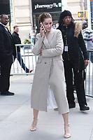 APR 05 Amanda Peet Seen In New York City