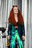 Jun 24, 2016: JESS GLYNNE - Glastonbury Festival Day One
