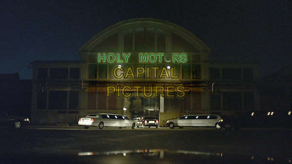 SCENE.in Holy Motors (2012).*Filmstill - Editorial Use Only*.CAP/FB.Supplied by Capital Pictures.