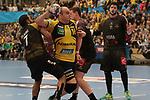 Rhein Neckar Loewe Rafael Baena Gonzalez (Nr.16) gegen Nantes Nicolas Claire (Nr.7) beim Spiel in der Handball Champions League, Rhein Neckar Loewen - HBC Nantes.<br /> <br /> Foto &copy; PIX-Sportfotos *** Foto ist honorarpflichtig! *** Auf Anfrage in hoeherer Qualitaet/Aufloesung. Belegexemplar erbeten. Veroeffentlichung ausschliesslich fuer journalistisch-publizistische Zwecke. For editorial use only.