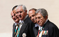Gentiluomini di Sua Santita' si preparano ad accogliere il Presidente del Consiglio nel Cortile di San Damaso, in occasione del suo incontro col Papa, Citta' del Vaticano, 4 luglio 2013.<br /> Papal Gentlemen prepare to welcome the Italian Premier in occasion of his meeting with the Pope at the Vatican, 4 July 2013.<br /> UPDATE IMAGES PRESS/Riccardo De Luca<br /> <br /> STRICTLY ONLY FOR EDITORIAL USE