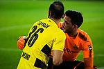 10.02.2018, Signal Iduna Park, Dortmund, GER, 1.FBL, Borussia Dortmund vs Hamburger SV, <br /> <br /> im Bild | picture shows:<br /> Roman Buerki (Borussia Dortmund #38) k&uuml;mmert sich um Oemer Toprak (Borussia Dortmund #36), der verletzt im Seitenaus ist, <br /> <br /> <br /> Foto &copy; nordphoto / Rauch