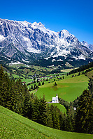 Austria, Salzburger Land, Pinzgau, Dienten: village church 'auf dem Buehel' with Hochkoenig mountains | Oesterreich, Salzburger Land, Pinzgau, Dienten: Dorfkirche auf dem Buehel vorm Hochkoenig (2.941 m)