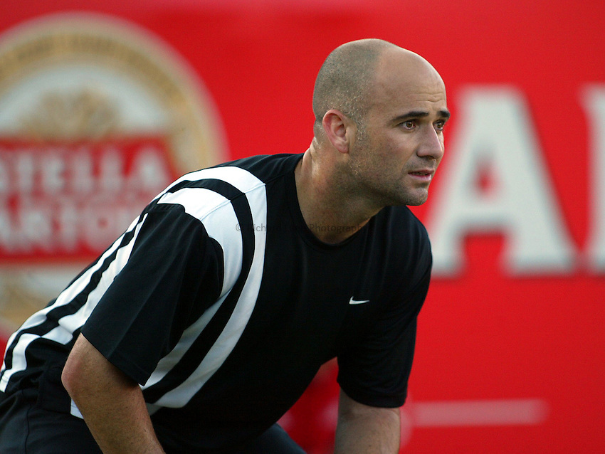 Photograph: Scott Heavey..Day 4 of the Stella Artois Championship at the Queens Club. 12/06/2003..Andre Agassi