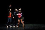 THE SUN CAME<br /> <br /> Chor&eacute;graphe : Daniel Linehan<br /> Danse : Daniel Linehan, Michael Helland, Boglarka Borcsok, Tarek Halaby, Anneleen Keppens<br /> Compagnie : <br /> Lieu : Th&eacute;&acirc;tre des Abbesses<br /> Ville : Paris<br /> Date : 04/11/2013