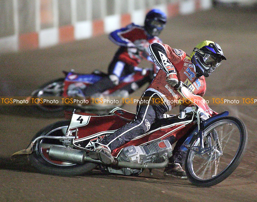 Heat 3 re-run - Swiderski (yellow), Lanham (blue) - Lakeside Hammers vs Peterborough Panthers - Sky Sports Elite League at Arena Essex, Purfleet - 31/08/07  - MANDATORY CREDIT: Gavin Ellis/TGSPHOTO - SELF-BILLING APPLIES WHERE APPROPRIATE. NO UNPAID USE. TEL: 0845 094 6026..