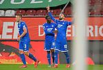 17.06.2020, Fussball 1. Bundesliga 2019/2020, 32. Spieltag, FC Augsburg - TSG 1899 Hoffenheim, in der WWK-Arena Augsburg. Jubel (L-R) Pavel Kaderabek (TSG 1899 Hoffenheim), Diadie Samassekou (TSG 1899 Hoffenheim) und Torschütze Munas Dabbur (TSG 1899 Hoffenheim) zum Tor zum 0:2<br /> <br /> Foto: Bernd Feil/MIS/Pool/PIX-Sportfotos<br /> <br /> Nur für journalistische Zwecke! Only for editorial use! <br /> <br /> Gemäß den Vorgaben der DFL Deutsche Fußball Liga ist es untersagt, in dem Stadion und/oder vom Spiel angefertigte Fotoaufnahmen in Form von Sequenzbildern und/oder videoähnlichen Fotostrecken zu verwerten bzw. verwerten zu lassen. DFL regulations prohibit any use of photographs as image sequences and/or quasi-video.    <br /> <br /> National and international NewsAgencies OUT.
