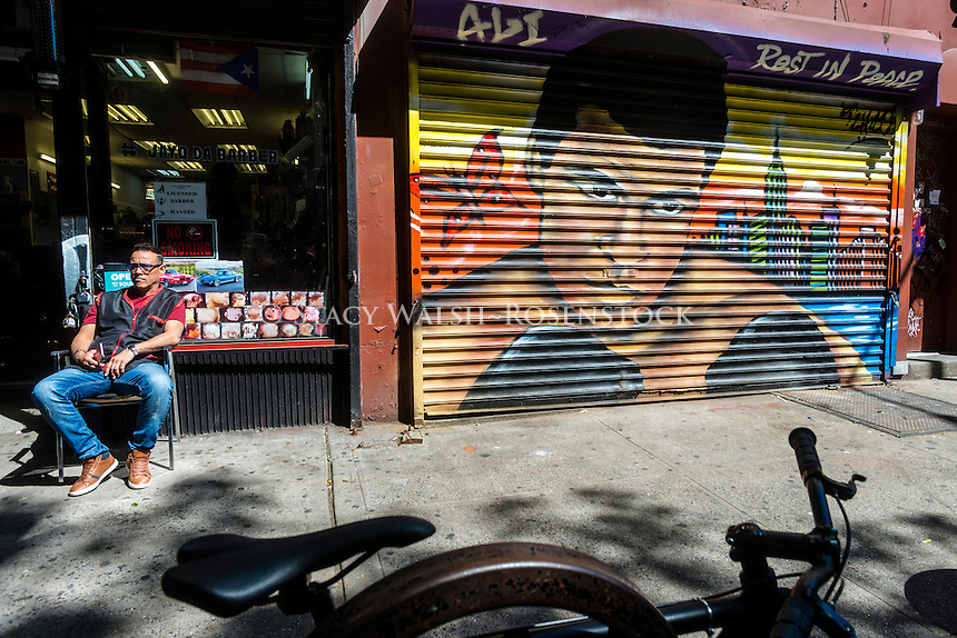 New York, NY 10 June 2016 - Memorial mural for Muhammad Ali in the East Village neighbourhood of Manhattan ©Stacy Walsh Rosenstock