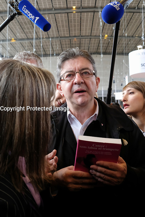 JEAN-LUC MELENCHON, SALON DU LIVRE 2017 A PARIS, FRANCE, LE 24/03/2017.