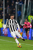 9th December 2017, Allianz Stadium, Turin, Italy; Serie A football, Juventus versus Inter Milan; Mattia De Sciglio plays the ball
