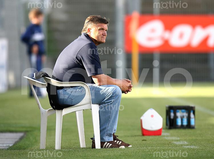 Fussball Testspiel   Spvgg Unterhaching - 1.FC Nuernberg Trainer 1. FC N Hans Meyer
