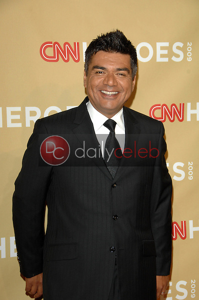 """George Lopez<br /> at the """"CNN Heroes: An All-Star Tribute,"""" Kodak Theater, Hollywood, CA. 11-21-09<br /> David Edwards/DailyCeleb.Com 818-249-4998"""