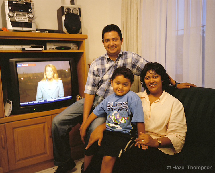 Hazel Hewitson Aged 33, Her Husband Clyde And Son Stephen In Their Living  Room At Part 90