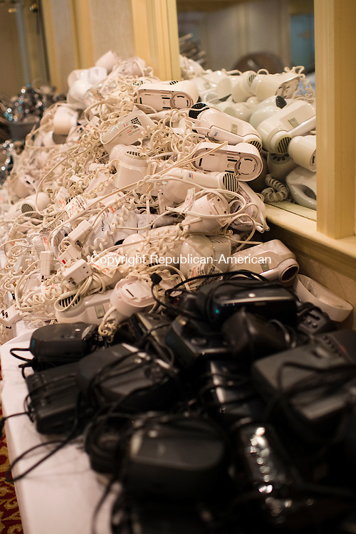 WATERBURY, CT- 27 May 2016-052716EC05-  Hundreds of hairdryers and clock radios are on sale the CoCo Key Water Resort Hotel and Convention Center in Waterbury. All of the items inside the building will be liquidated. Erin Covey Republican-American
