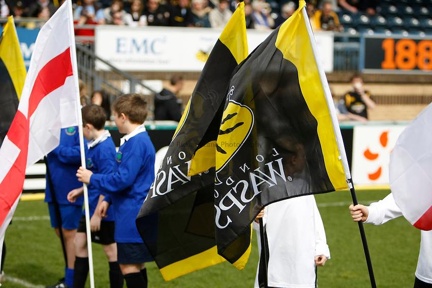 Photo: Richard Lane/Richard Lane Photography. London Wasps v Gloucester Rugby. Amlin Challenge Cup Quarter Final. 11/04/2010. Wasps flags.
