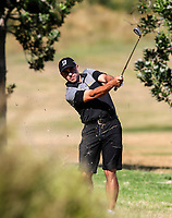 Andrew Searle of Taranaki. Day One of the Toro Interprovincial Men's Championship, Mangawhai Golf Club, Mangawhai,  New Zealand. Tuesday 5 December 2017. Photo: Simon Watts/www.bwmedia.co.nz