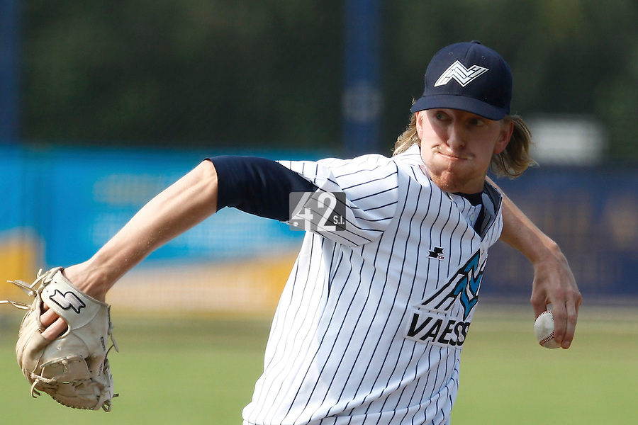 03 September 2011: Jean Paul Gulinck of Vaessen Pioniers pitches against L&D Amsterdam Pirates during game 1 of the 2011 Holland Series won 5-4 in inning number 14 by L&D Amsterdam Pirates over Vaessen Pioniers, in Hoofddorp, Netherlands.