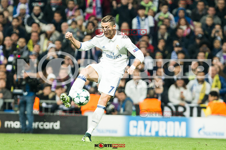 Real Madrid's Cristiano Ronaldo during Champions League match between Real Madrid and Borussia Dortmund  at Santiago Bernabeu Stadium in Madrid , Spain. December 07, 2016. (ALTERPHOTOS/Rodrigo Jimenez) /NortePhoto.com