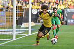 06.10.2018, Signal Iduna Park, Dortmund, GER, DFL, BL, Borussia Dortmund vs FC Augsburg, DFL regulations prohibit any use of photographs as image sequences and/or quasi-video<br /> <br /> im Bild Axel Witsel (#28, Borussia Dortmund) bereinigt die Situation im Strafraum vor Roman B&uuml;rki / Buerki (#1, Borussia Dortmund) <br /> <br /> Foto &copy; nph/Horst Mauelshagen