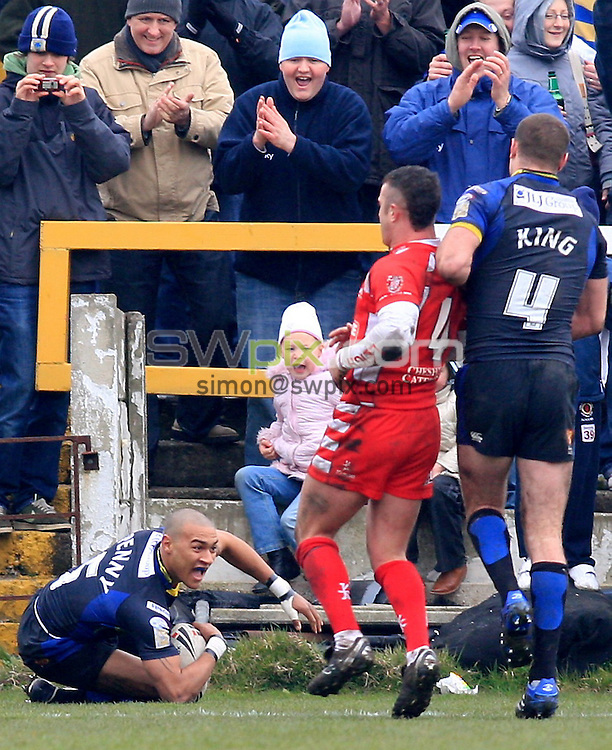 Pix: Chris Mangnall/SWpix.com, Rugby League, Carnegie Challenge Cup Round 4. 20/04/08. Leigh Centurions v Warrington Wolves....picture copyright>>Simon Wilkinson>>07811267 706>>....Warrington's Kevin Penny scores A try
