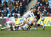 January 7th 2018, Ricoh Arena, Coventry, England;  Aviva Premiership rugby, Wasps versus Saracens;   Richard Wigglesworth  (Saracens)  spins the ball out to the back-line during the Aviva Premiership (Round 13) match between Wasps and Saracens rfc at the Ricoh Stadium