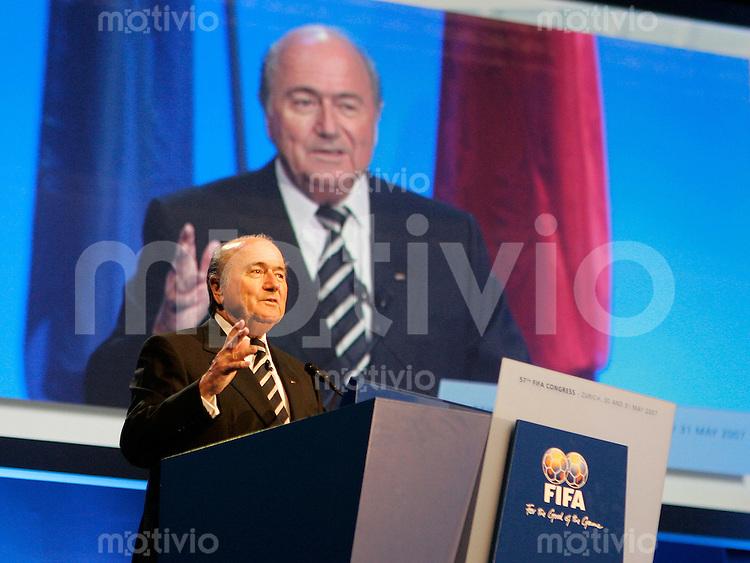 Fussball International 57. FIFA Kongress    Hallenstadion Zuerich FIFA Praesident Joseph S. Blatter