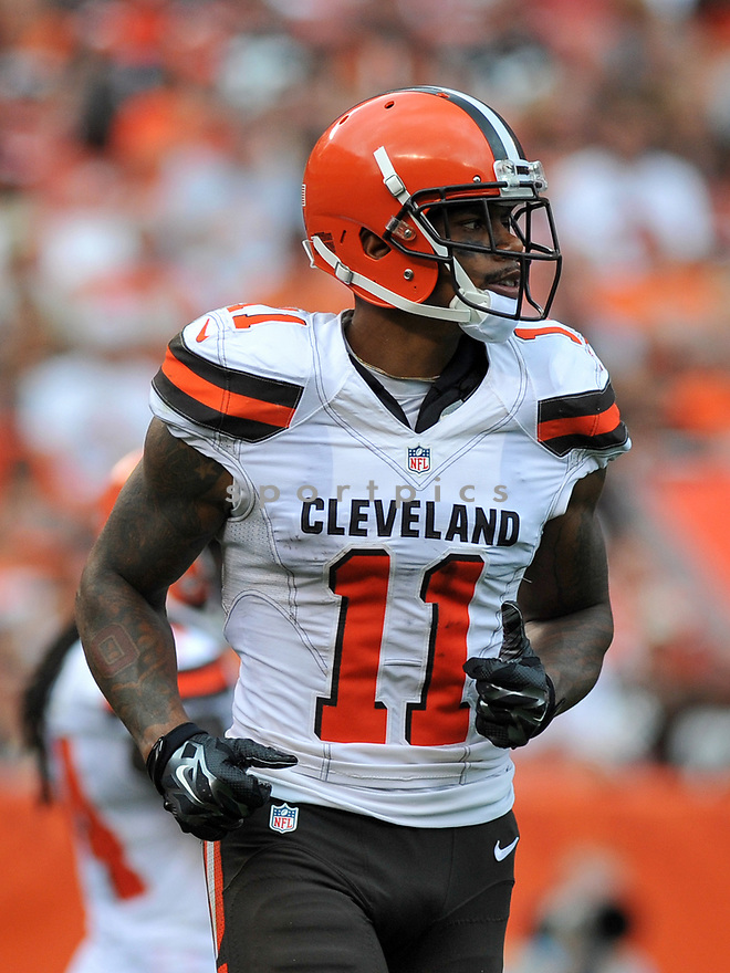 CLEVELAND, OH - JULY 18, 2016: Wide receiver Terrelle Pryor #11 of the Cleveland Browns runs to his position in the second quarter of a game against the Baltimore Ravens on July 18, 2016 at FirstEnergy Stadium in Cleveland, Ohio. Baltimore won 25-20. (Photo by: 2017 Nick Cammett/Diamond Images)  *** Local Caption *** Terrelle Pryor(SPORTPICS)