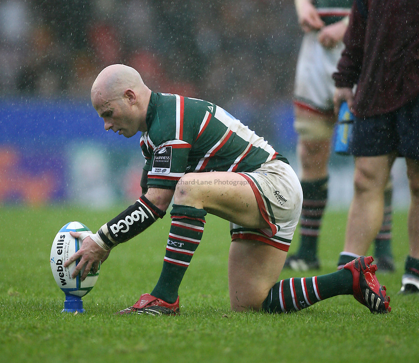 Photo: Rich Eaton...Leicester Tigers v Munster Rugby. Heineken Cup. 22/10/2006.  Paul  Burke of Tigers