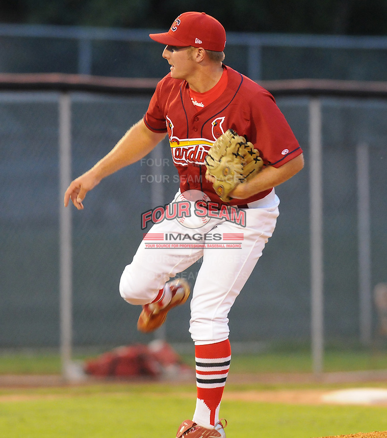 August 1, 2009: RHP Aaron Terry (9) of the Johnson City Cardinals, rookie Appalachian League affiliate of the St. Louis Cardinals, in a game at Howard Johnson Field in Johnson City, Tenn. Photo by: Tom Priddy/Four Seam