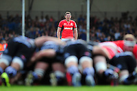 Alex Goode of Saracens watches a scrum. Aviva Premiership match, between Exeter Chiefs and Saracens on September 11, 2016 at Sandy Park in Exeter, England. Photo by: Patrick Khachfe / JMP