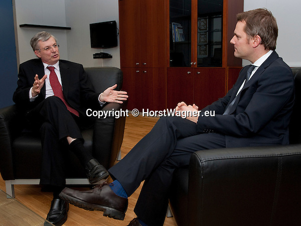 Brussels-Belgium - January 08, 2013 -- Tonio BORG (le), European Commissioner from Malta and in charge of Health and Consumer Policy, receives Daniel BAHR (ri), German Federal Minister of Health -- Photo: © HorstWagner.eu