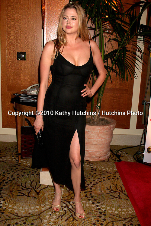 Estella Warren.arriving at the Ninth Annual AARP the Magazine`s Movies for Grownups Awards Gala .Beverly Wilshire Hotel.Beverly Hills, CA.February 16, 2010.©2010 Kathy Hutchins / Hutchins Photo....