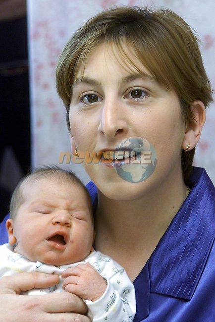 Deborah Burke from Ashbrook, Dundalk with baby Sophie who was born on Mother's Day in Our Lady of Lourdes hospital..Picture Paul Mohan Newsfile