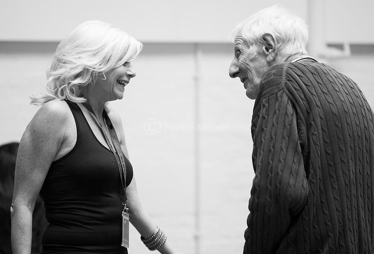 """""""King Lear"""" rehearsed reading rehearsals. Old Vic Theatre. Director: Jonathan Miller. Felicity Dean, Jonathan Miller."""