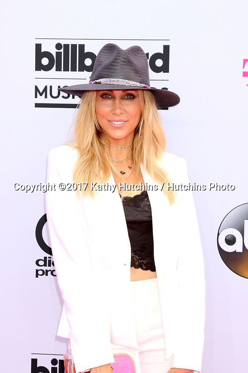 LAS VEGAS - MAY 21:  Tish Cyrus at the 2017 Billboard Music Awards - Arrivals at the T-Mobile Arena on May 21, 2017 in Las Vegas, NV