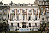 Inigo Jones: Lindsey House, No. 59-60 Lincoln's Inn Fields, London 1640. Attributed to Jones. Photo '87.