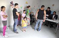 Roma, 30 Giugno 2011.Campo rom Via Salone.Elezione dei rappresentanti delle comunità Rom.Inizia oggi dal campo di Via Salone e proseguirà in tutti i Campi Rom Autorizzati del Comune di Roma l'elezione dei rappresentanti delle comunità.Tutte le operazioni sono seguite  dal Comune di Roma