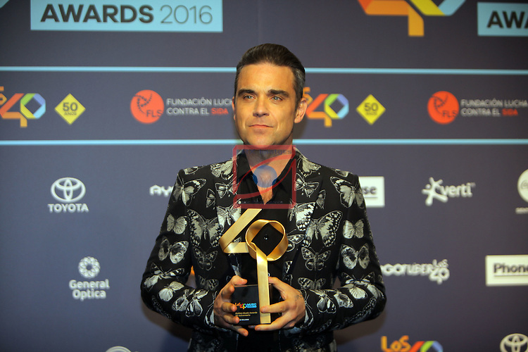 Los 40 MUSIC Awards 2016 - Photocall.<br /> Robbie Williams.