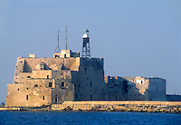 - fortificazione medioevale e faro all'entrata del porto di Brindisi<br /> <br /> - Middle Ages fortification and lighthouse to the entrance of the Brindisi harbor
