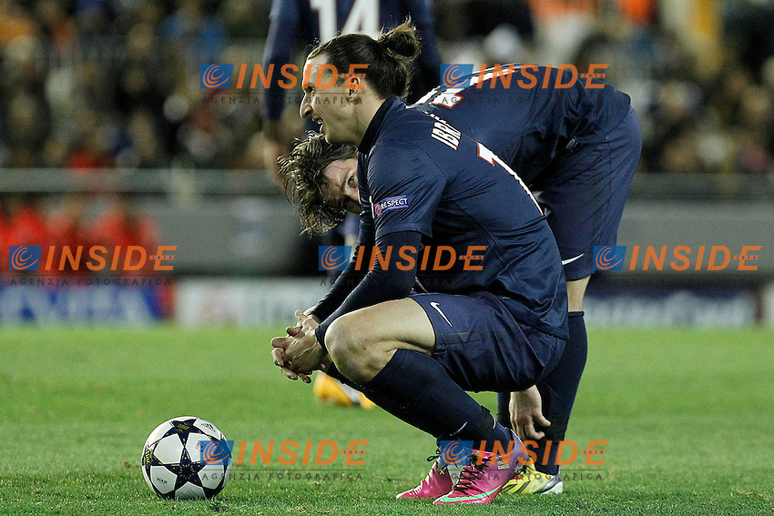 Paris Saint-Germain's Zlatan Ibrahimovic (l) and Maxwell during Champions League 2012/2013 match.February 12,2013. (ALTERPHOTOS/Acero) .Valencia 12/2/2013 .Valencia Vs PSG.Football 2012/2013 Champions League.Foto Insidefoto.ITALY ONLY