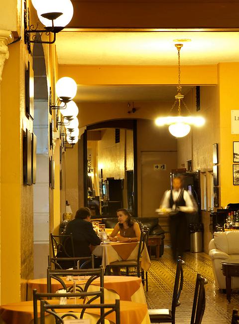 Costa Rica, San Jose, Gran Hotel, Patio Dining