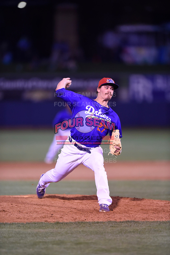 ***Temporary Unedited Reference File***Tulsa Drillers relief pitcher Rob Rogers (27) during a game against the Arkansas Travelers on April 25, 2016 at ONEOK Field in Tulsa, Oklahoma.  Tulsa defeated Arkansas 4-3.  (Mike Janes/Four Seam Images)
